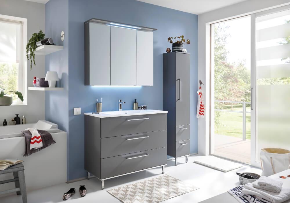bad quada von puris. Black Bedroom Furniture Sets. Home Design Ideas